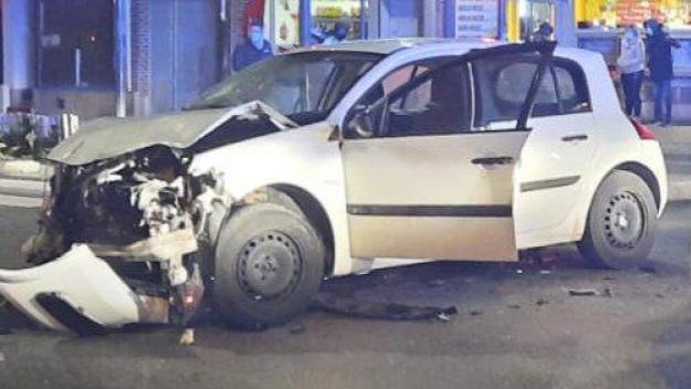 L'automobiliste a été placé en garde à vue.