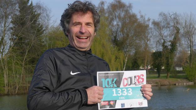 Éric Chitcatt avant de prendre le départ, dimanche matin, sur le site du Vélodrome d'Albert.