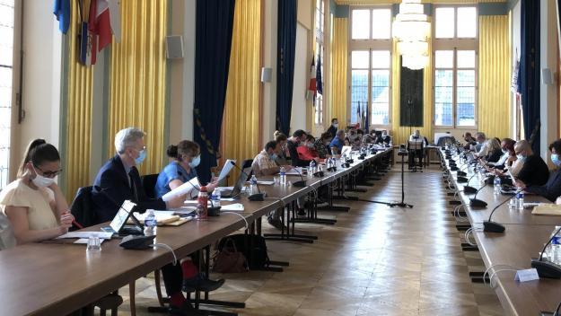 Malgré les arguments de l'opposition UDI/LREM et ceux de l'adjoint aux relations extérieures, président de l'Agglo, le conseil municipal de Chauny a refusé le transfert de la gestion des sols à l'interco.
